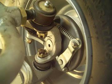 Front drum brake