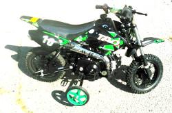 Dirtbike with training wheel option